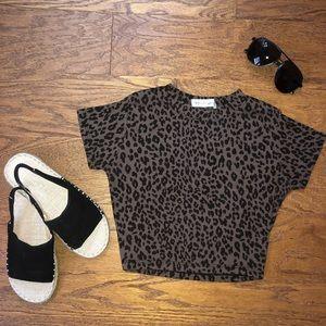 Cheetah crop top tshirt